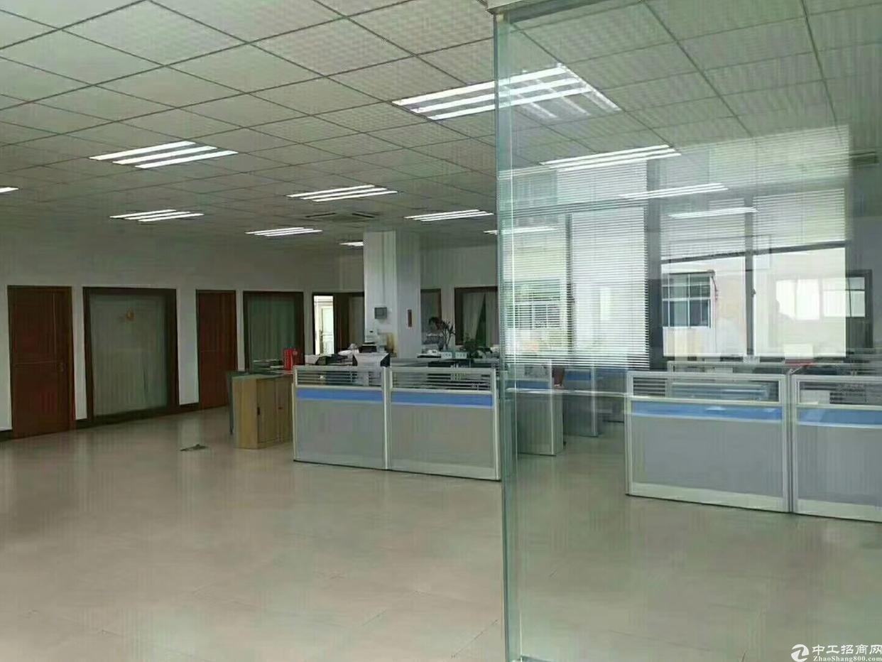 福永沿江高速出口2100平方带装修厂房出租