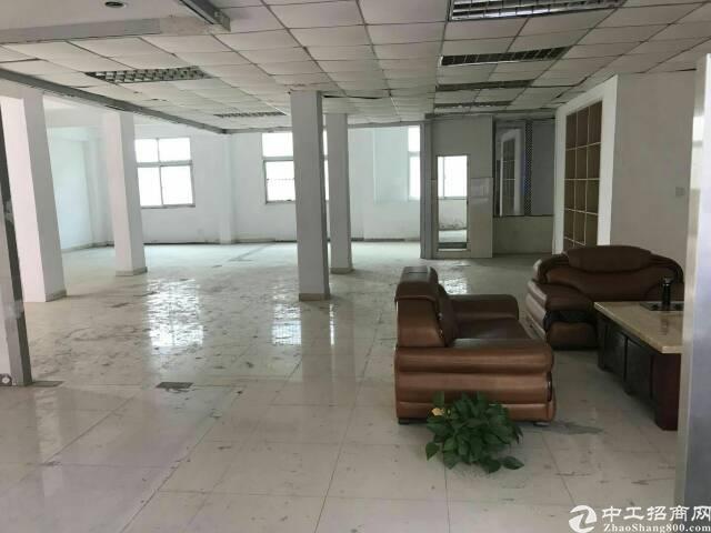 坪山标准厂房100平米10元出租