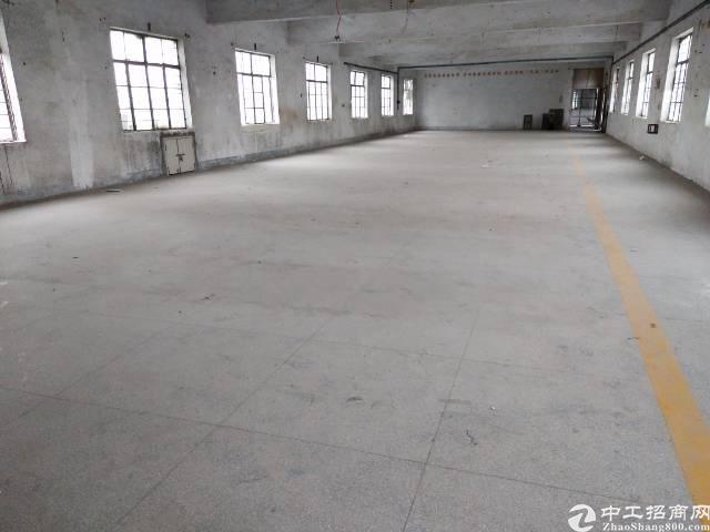 坑梓坪山大道50米处工业园内  3楼出租630平米