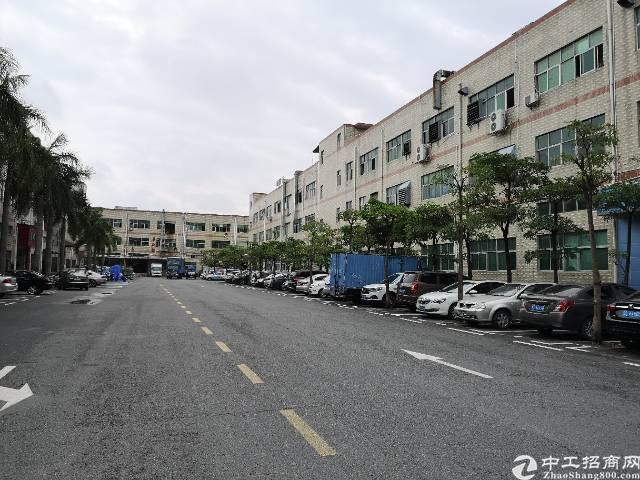 沙井107国道新出二楼1250平米带装修厂房出租