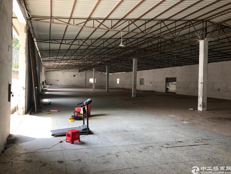 深圳市龙岗区横岗安良社区一楼钢构铁皮房厂房出租大小可分租