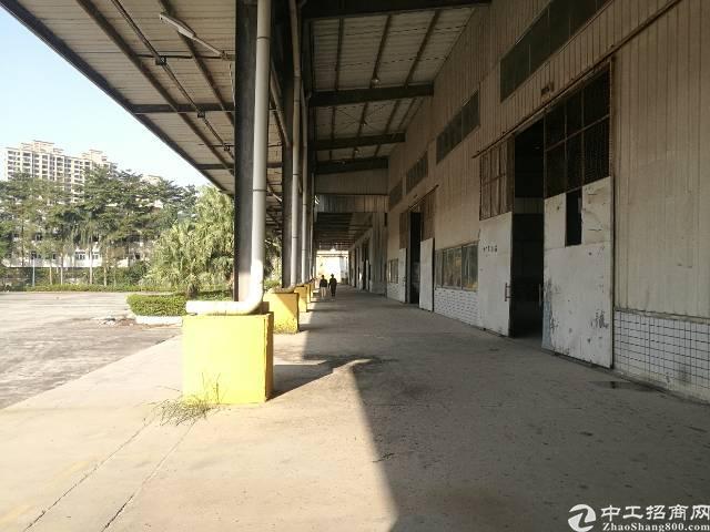 南城区单一层标准物流仓库18000平米招租