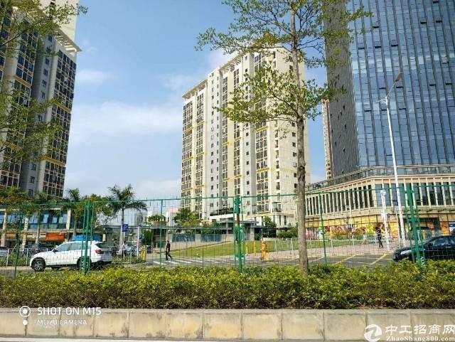 深圳红本70年甲级写字楼出售,60平起售