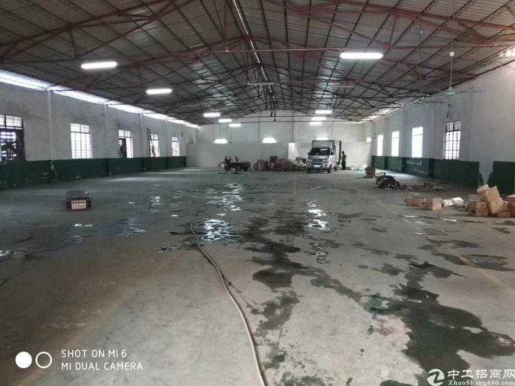 高埗镇原房东砖墙到顶单一层厂房。实量面积1300平。滴水4.