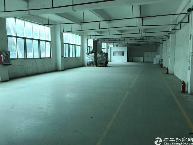 东莞长安沙头二楼1000平米带精装修厂房13块招租