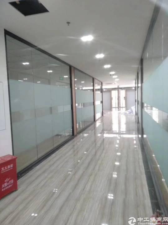 福永地铁口整层2000平精装写字楼出租