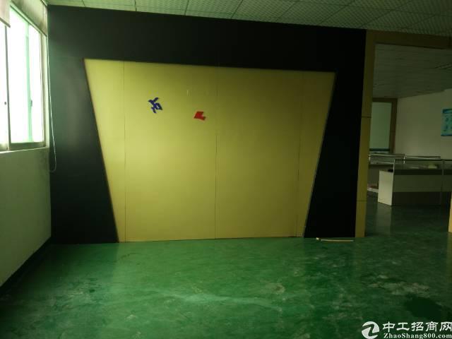 东莞长安沙头二楼1000平米带精装修厂房13块招租-图4