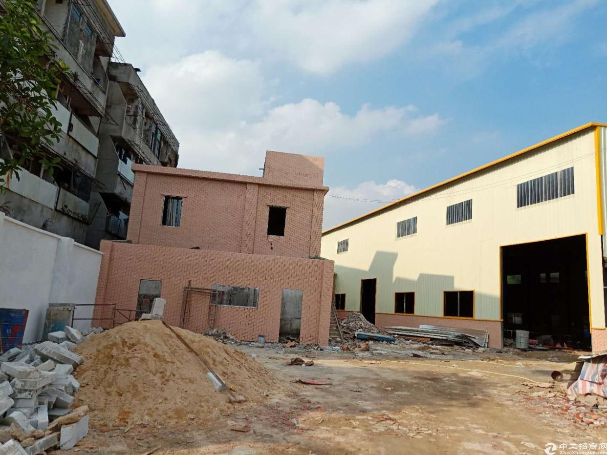 新出原房东独院单一层2280平方米。