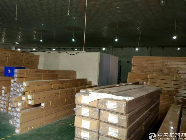 松岗沙浦围新出楼上600平方带装修带办公室无转让费