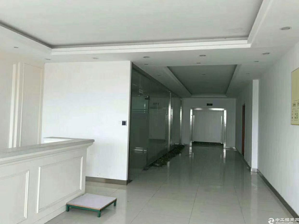 福永镇福永地铁口1公里380平方写字楼大小分租