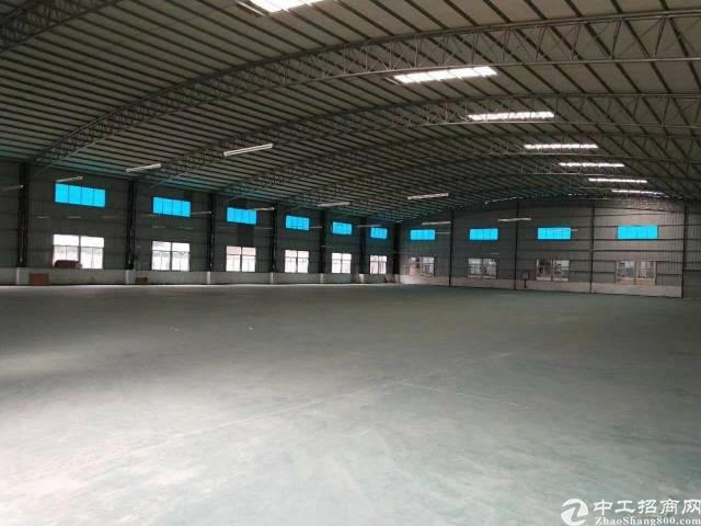 高埗镇独院铁皮房2800平 高8米带隔热层