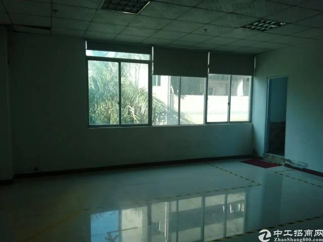 西乡九围新出楼上1380平厂房出租