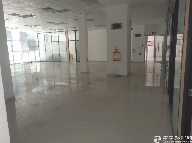 龙华大浪商业中心新出精装修标准厂房600㎡,园区形象好!
