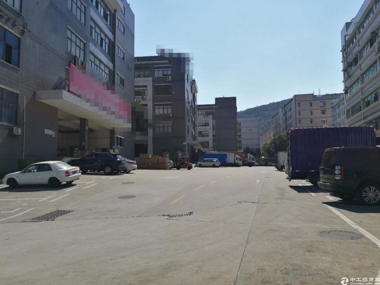 西乡黄麻布工业区4楼3000平厂房出租