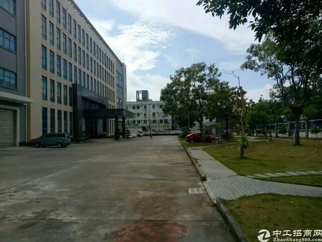 平湖村委13000平方米独门独院厂房招租