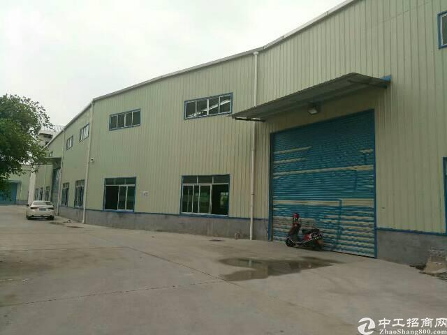 清溪靠深圳新出带消防喷淋和带行车厂房2200平现成水电装修