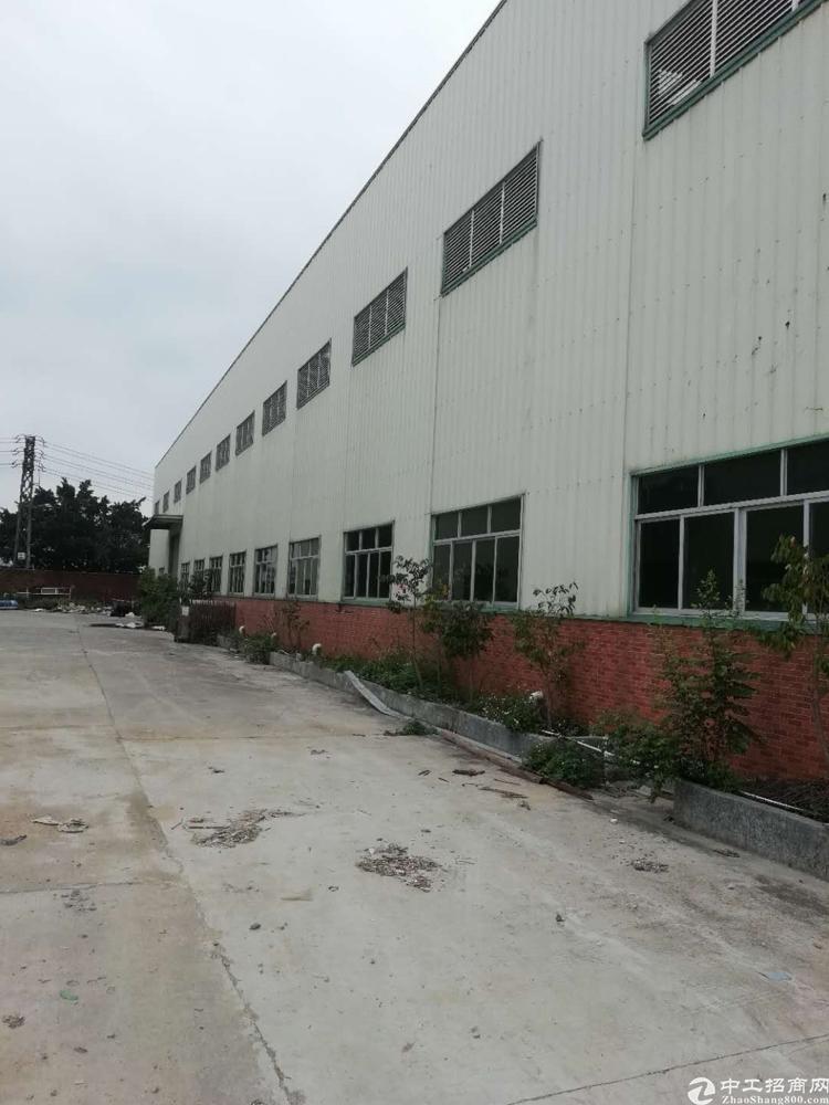 厂房A栋8000 B栋7500空地5000独院带办公宿舍