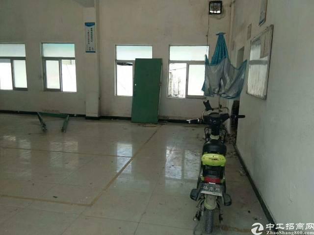 凤岗镇三联新出独门独院标准厂房一楼250平