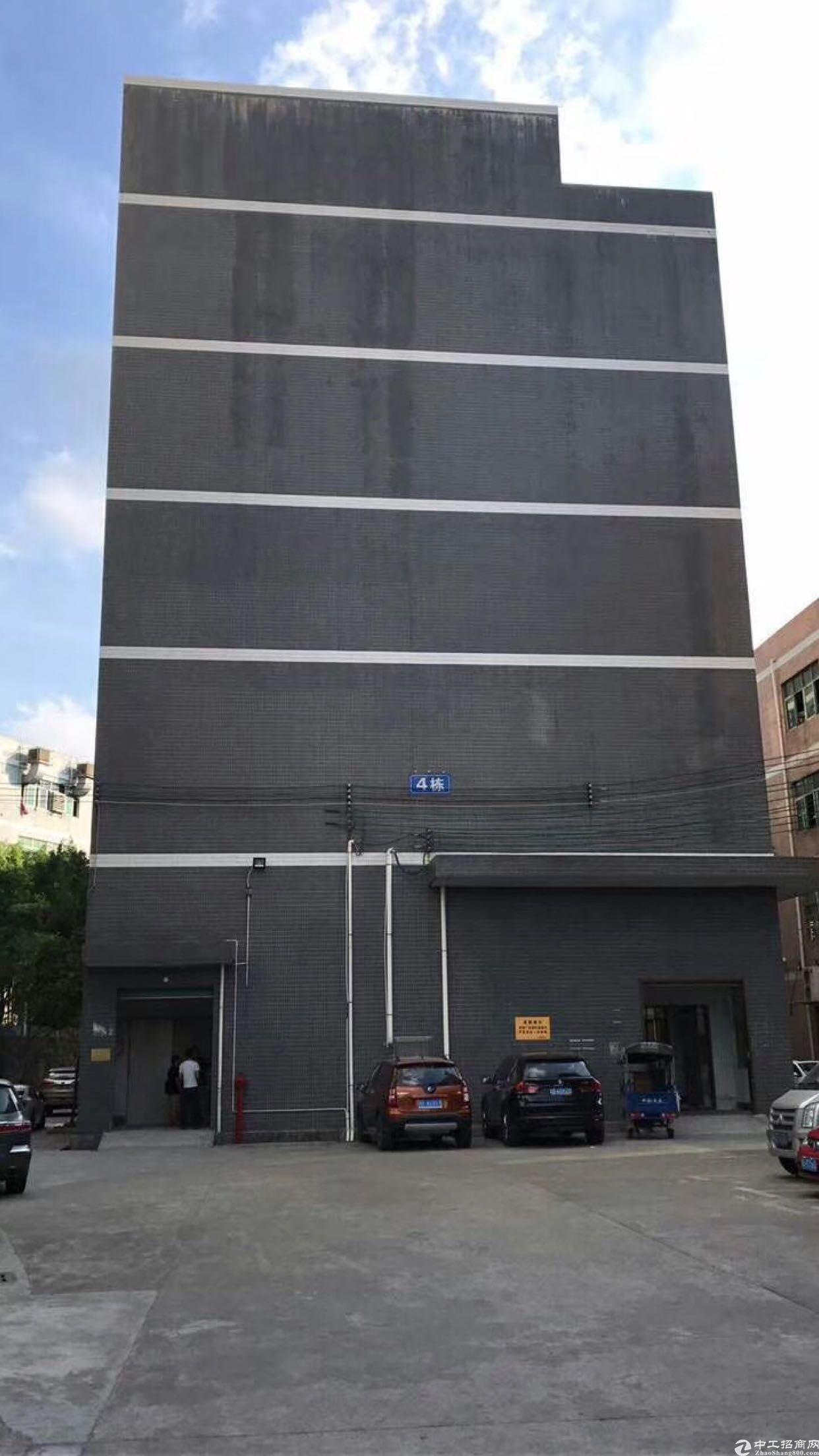 布吉木棉湾原房东厂房2000平出租可分租