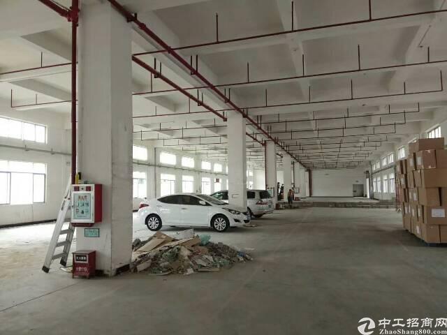 石碣新出现成注塑厂房1300平米,水电齐全,厂房层高6米,