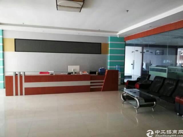 福永地铁口楼上2000平精装修厂房出租-图3