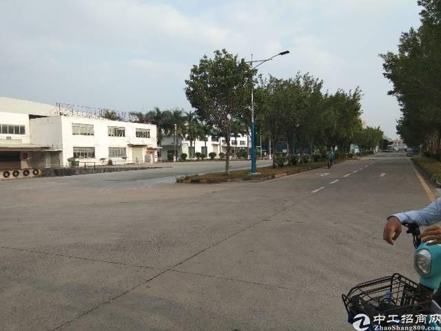 深圳观澜原房东大型物流园的靓盘16000平方钢构出租