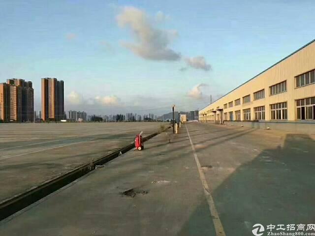 松岗干道边上钢结构厂房4万平方出租