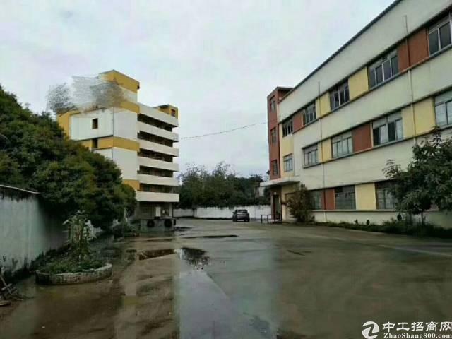 深圳坪地北通道边经典独院厂房1-3层4800平方,宿舍170