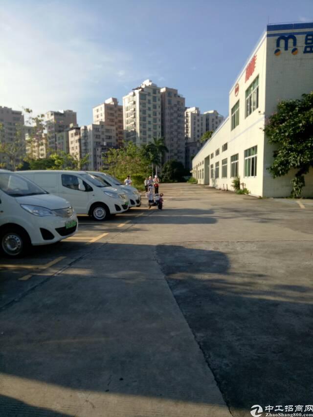龙华清湖新出一楼9700平方招租租可分租