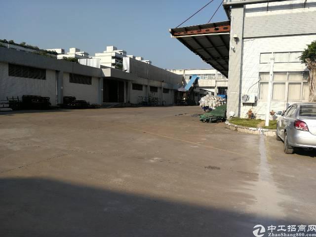 松岗塘下涌新出楼上4000平米重工业厂房,租金20