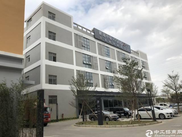 沙井镇后亭地铁口新出楼上3000平方,大小分租
