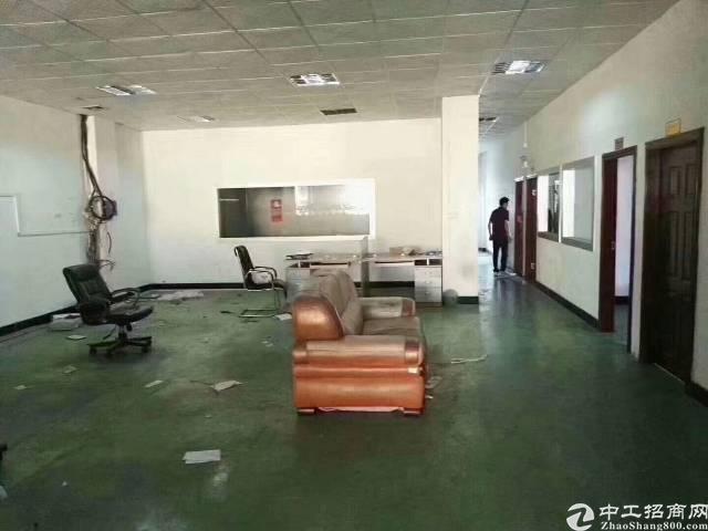 黄江镇中心附近原房东独院厂房两层3200平方
