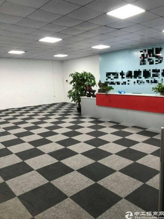 凤岗带豪华装修厂房2500平米,可以分1500平方出租