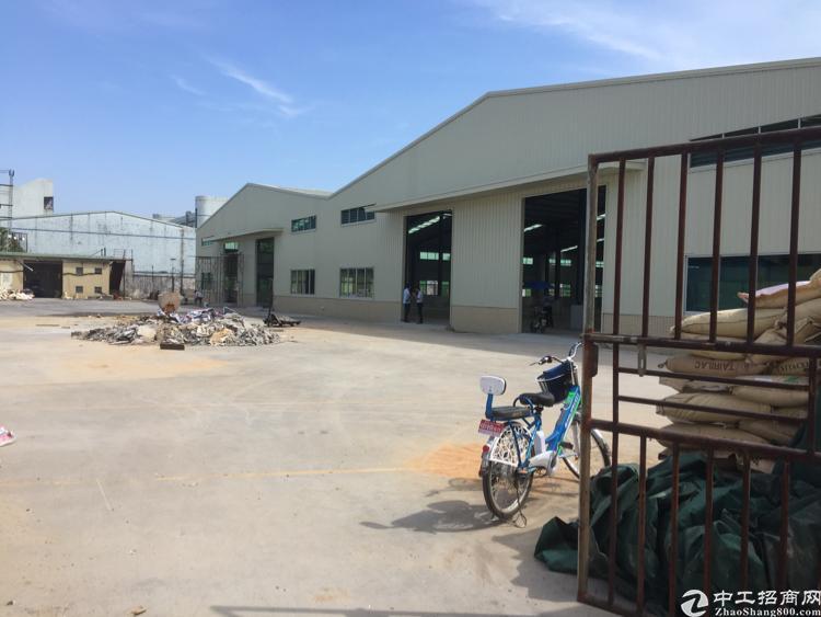 企石镇原房东钢构厂房分租4500平方米