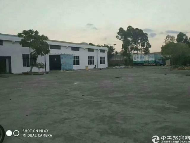 光明新区公明镇东坑新出独栋钢结构厂房