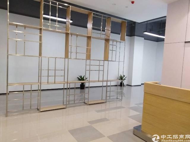 龙华汽车站甲级写字楼出租(大小可分租)