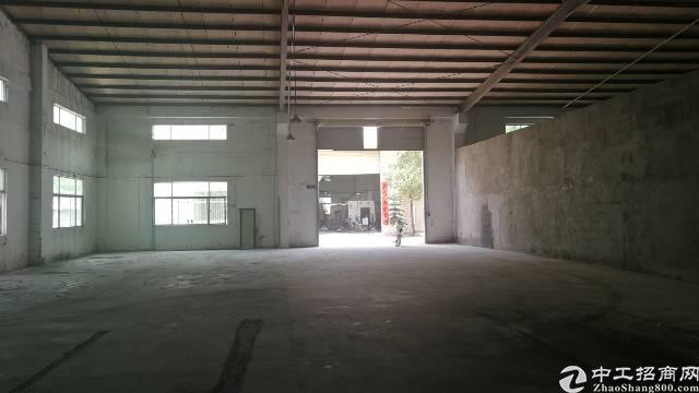 东莞市凤岗镇砖墙钢结构厂房