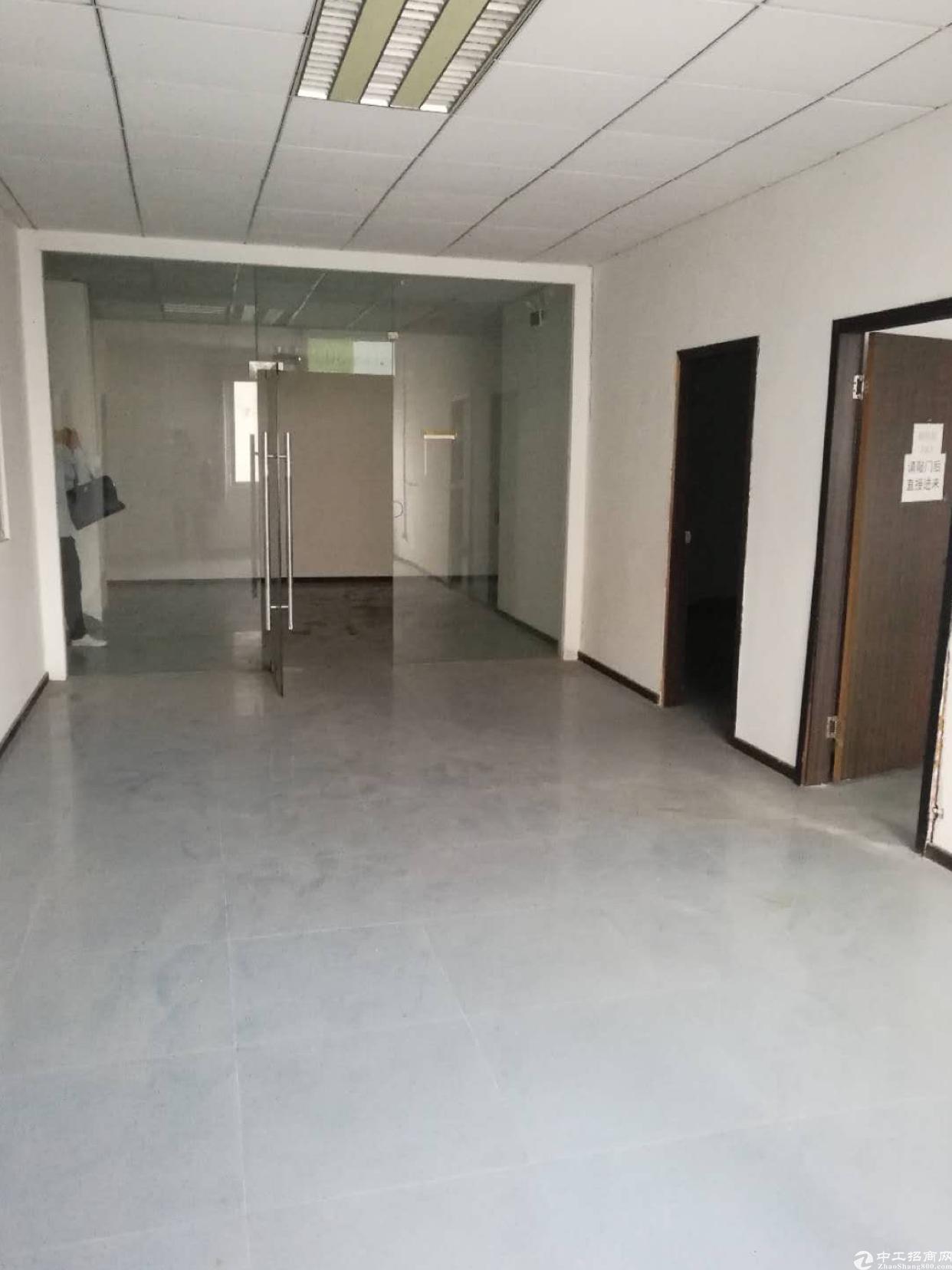龙华龙胜地铁口旁新出单层1500平,原房东-图3