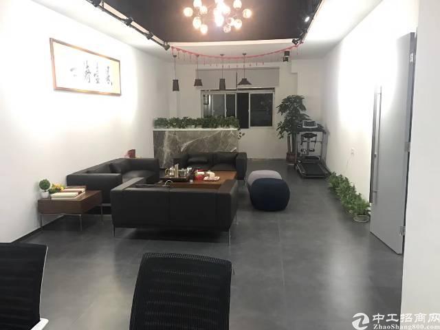 横岗新出花园式厂房1600带精装修办公室价格22块可谈