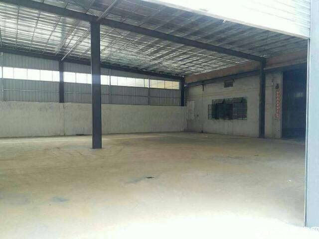 一楼钢结构厂房800平方,滴水9米,租14