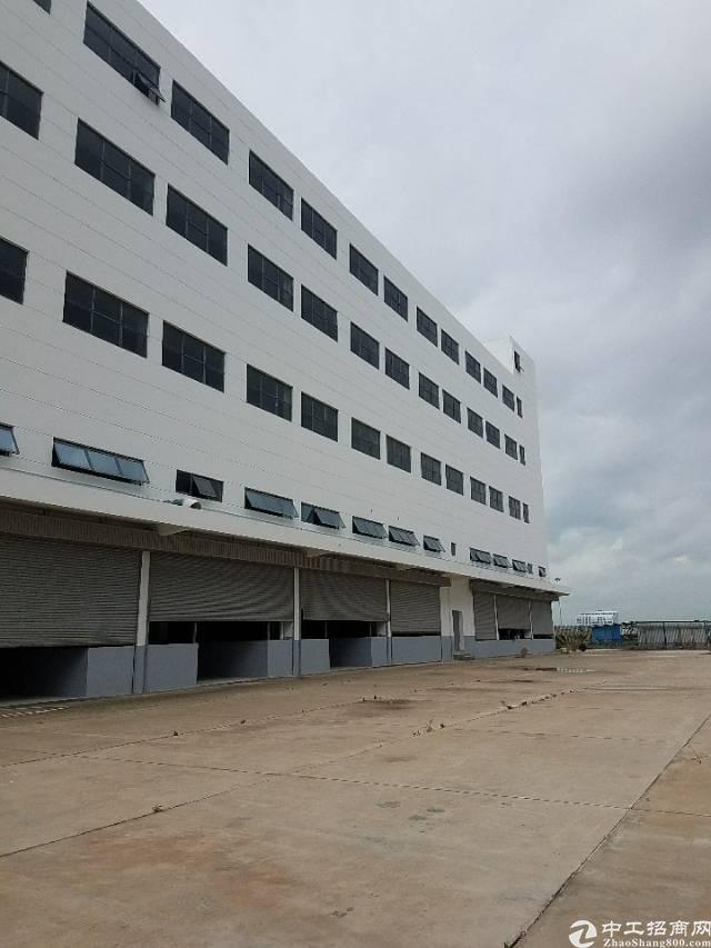 宝安机场附近新出物流仓库出租52000平米大小可分租