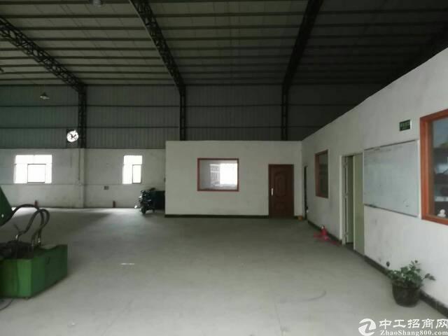 经典紧凑型小型钢构厂房