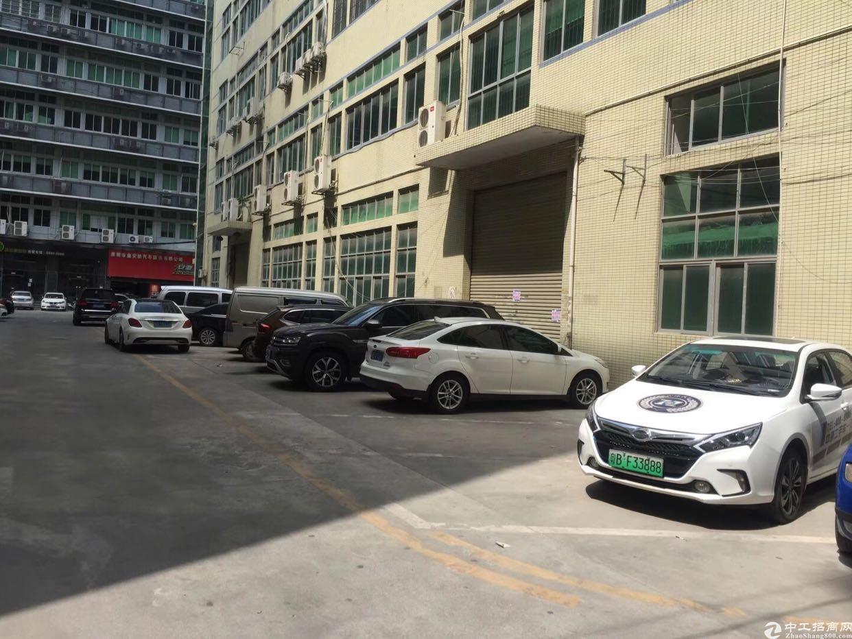民治地铁口1楼2楼厂房招租300平起分