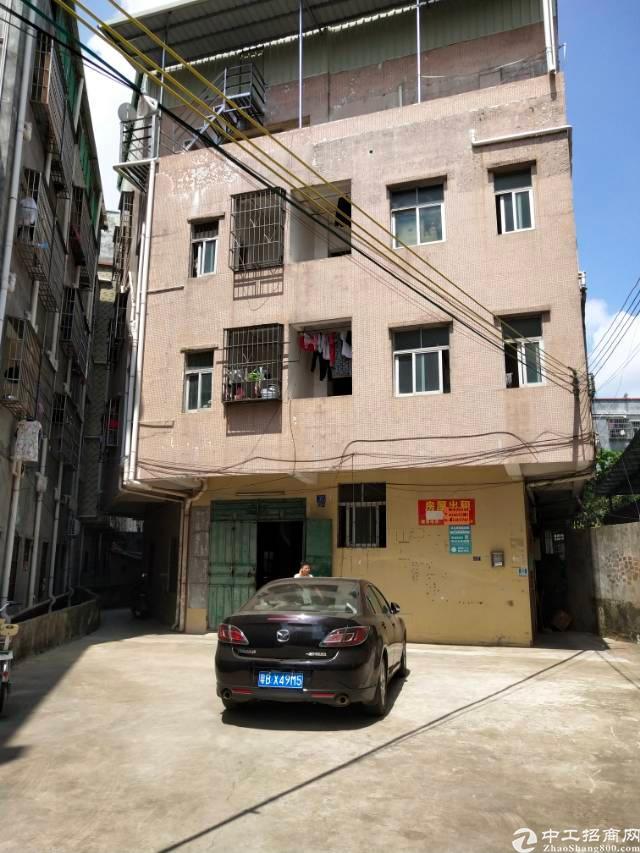 黄江镇民房一楼可做小加工厂房300㎡出租!!