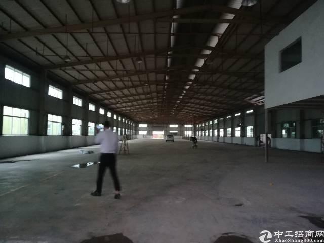 田饶步独院厂房。3200平可分租带消防淋浴头。单一层
