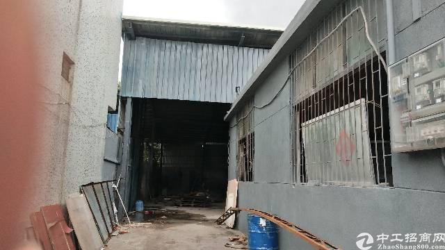 石岩松白路铁皮房招租1500平