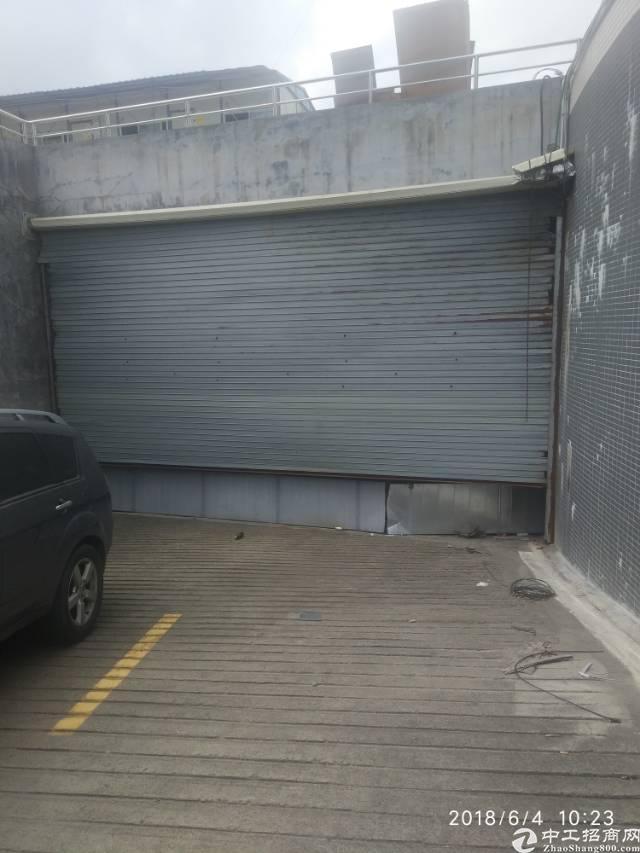 平湖镇负一楼厂房出租