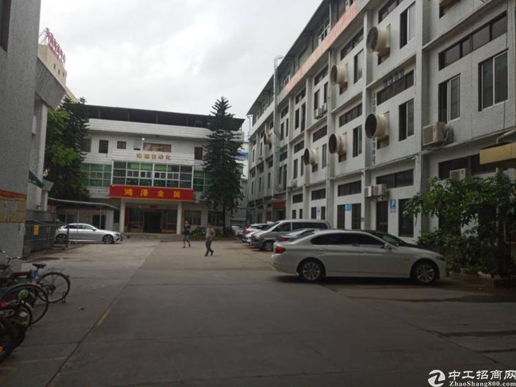 长安宵边万达广场附近新出楼上带精装修厂房300平方招租