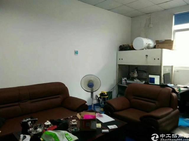福永桥头楼上带装修750平米厂房出租-图2