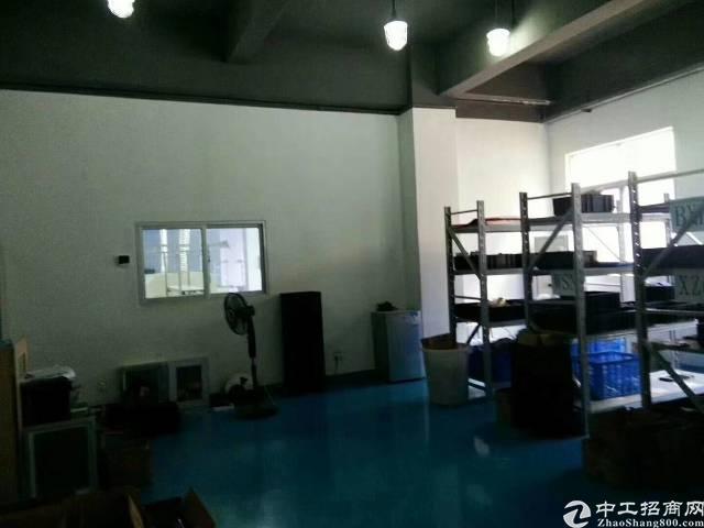 福永桥头楼上带装修750平米厂房出租-图3